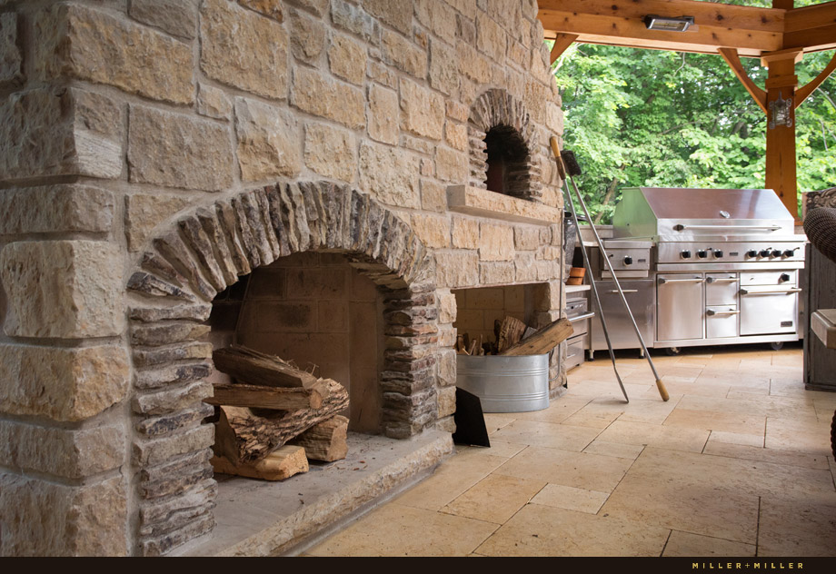 Mugnaini Italian wood fired pizza oven